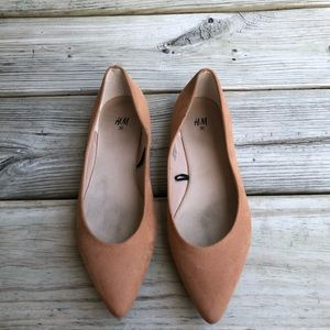 H&M Tan Pointed Flats